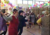 A Bartók Iskola felső tagozatának farsangi mulatsága 2005